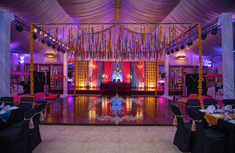 stage+dance floor_tables
